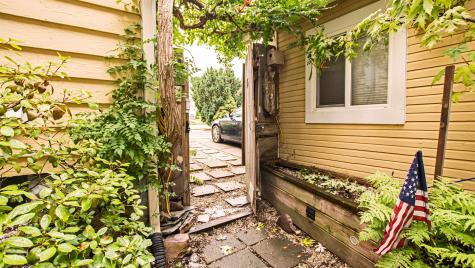 11 Hoover Street Burlington VT 05401
