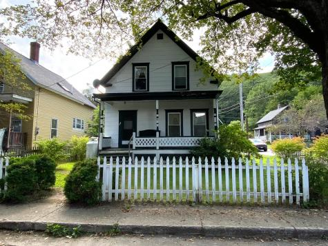 13 Prospect Street Rockingham VT 05101