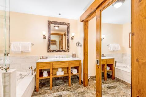 7412 Mountain Road Stowe VT 05672
