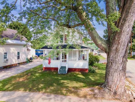 104 Oak Street Laconia NH 03246