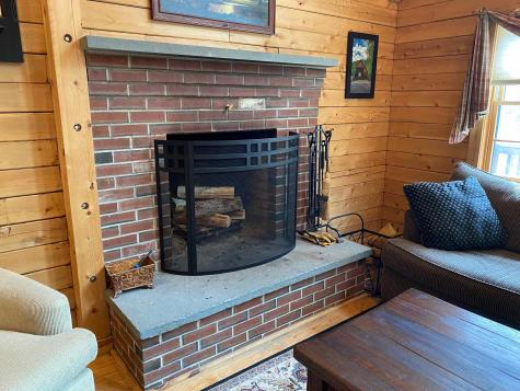 47 Howes Loop Wilmington VT 05363