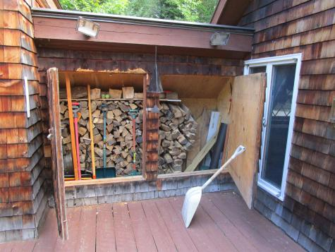 367 Sherwood Forest Road Londonderry VT 05155