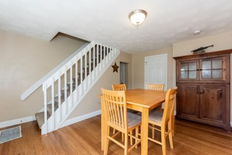 84 Maple Street Barnstead NH 03225