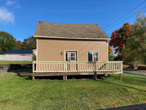73 Pond Street Newport City VT 05855