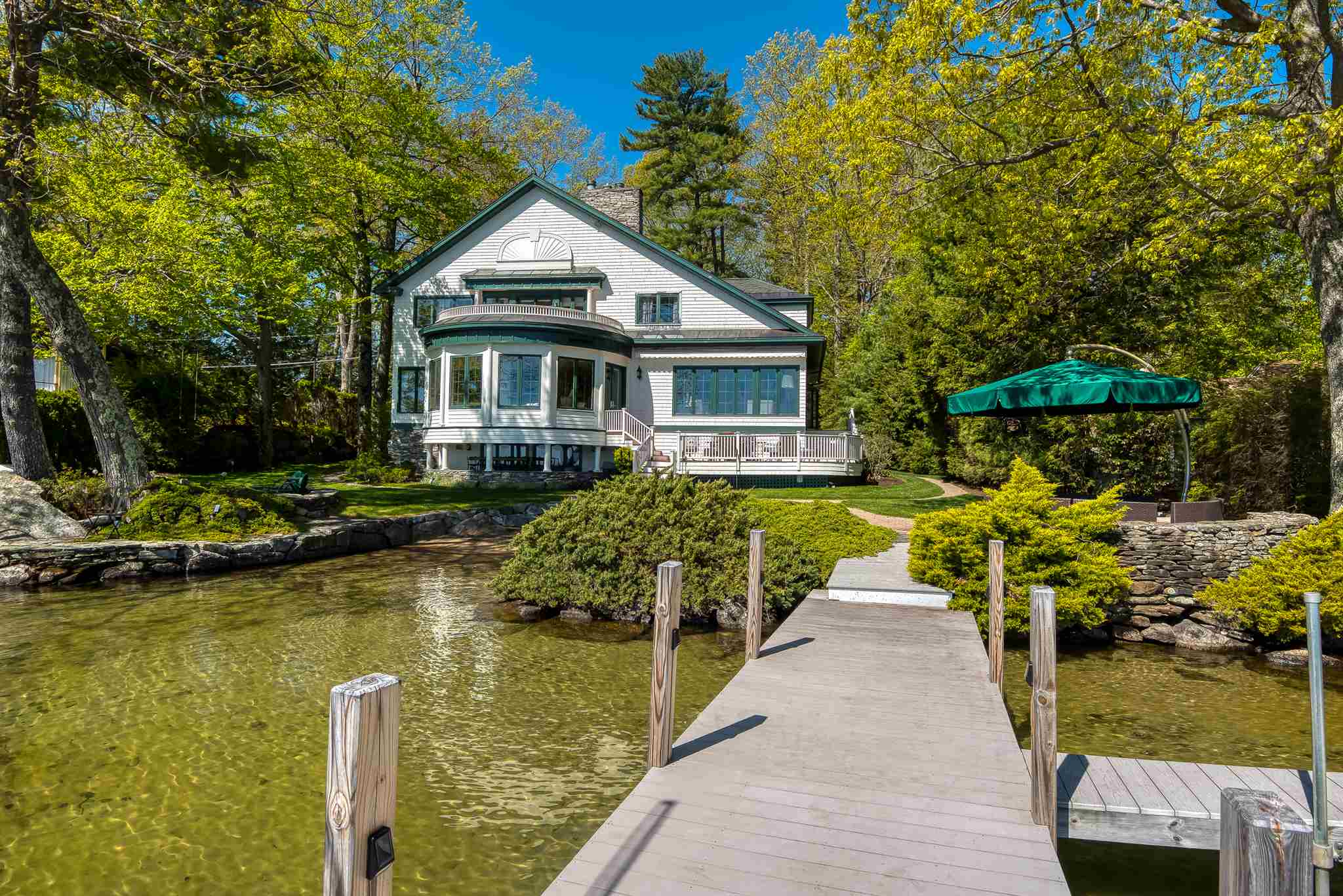 4 Hopewell Shores Road Wolfeboro NH 03894