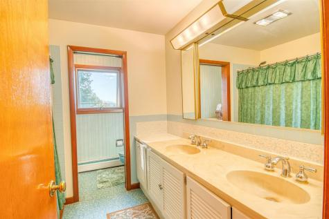 35 Ridgeview Drive Berlin VT 05602