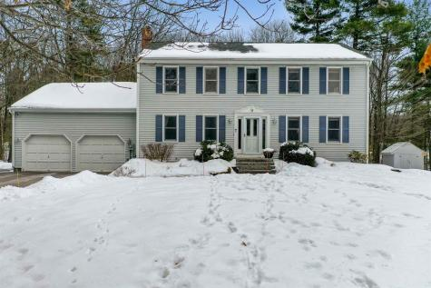 7 Manasquan Circle Londonderry NH 03053