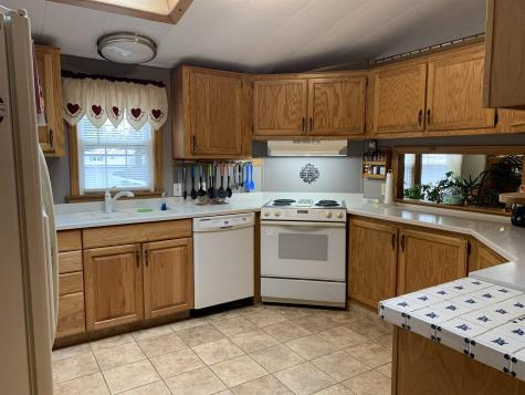 5 Brookside Drive Plymouth NH 03264
