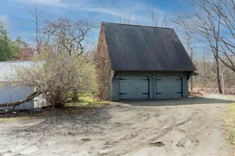 33 Luce Hill Road Stowe VT 05672