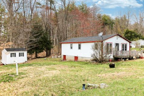24 Hilda Avenue Derry NH 03038
