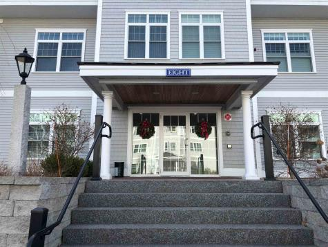 8 Sterling Hill Lane Exeter NH 03833