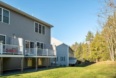 4 Hillside Lane Newmarket NH 03857