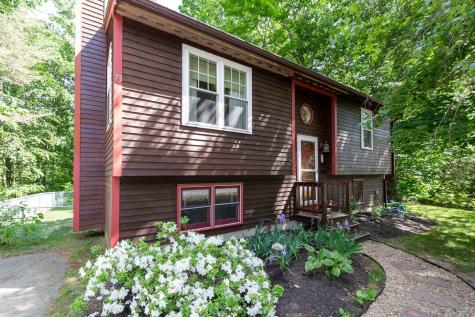 73 Woodlands Drive Epping NH 03042