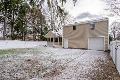14 Fairview Drive Portsmouth NH 03801