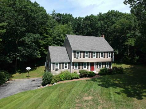 74 ROLLING HILL Road Hampstead NH 03841