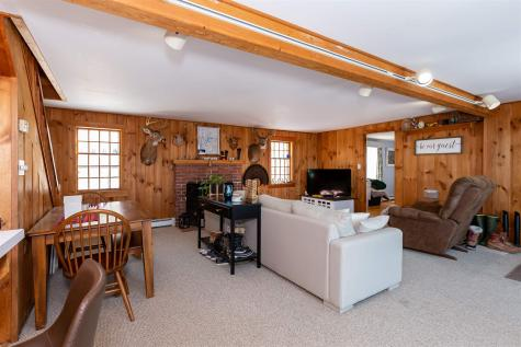 405 Spring Hill Road Sharon NH 03458