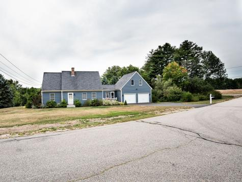 3 Roberts Road Rochester NH 03867