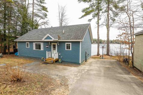 46 Lake Shore Drive Barnstead NH 03225