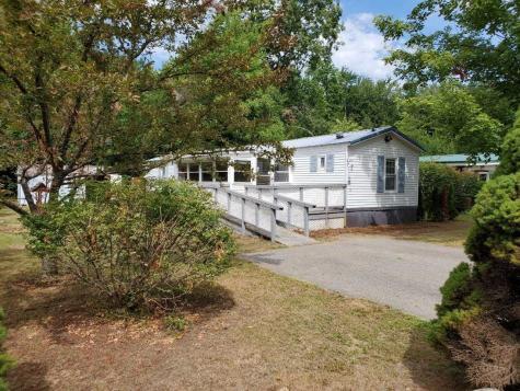 344 Old Lake Shore Road Gilford NH 03249