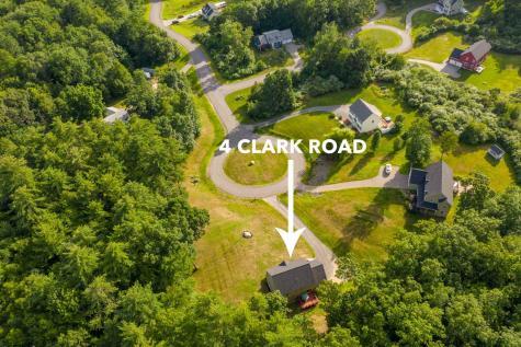 4 Clark Road East Kingston NH 03827