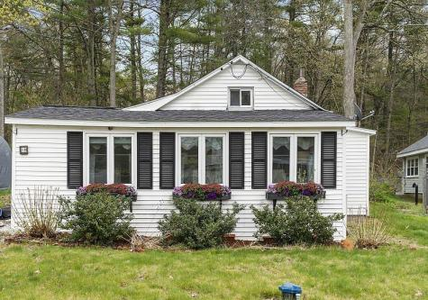 10 Dennison Avenue Salem NH 03079