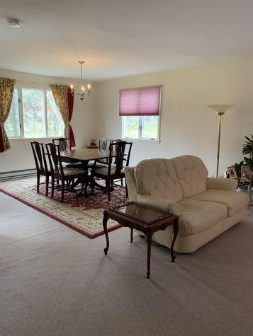 96 Hilltop Place New London NH 03257