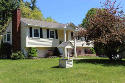 13 Scenic Drive Derry NH 03038