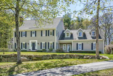 15 Whitney Court Bedford NH 03110