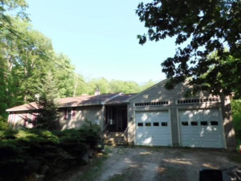 16 Willow Road Barrington NH 03825