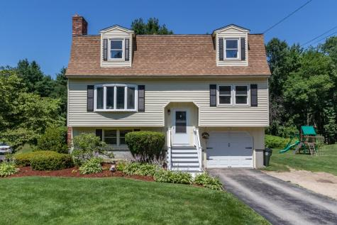 296 Hermit Road Manchester NH 03109
