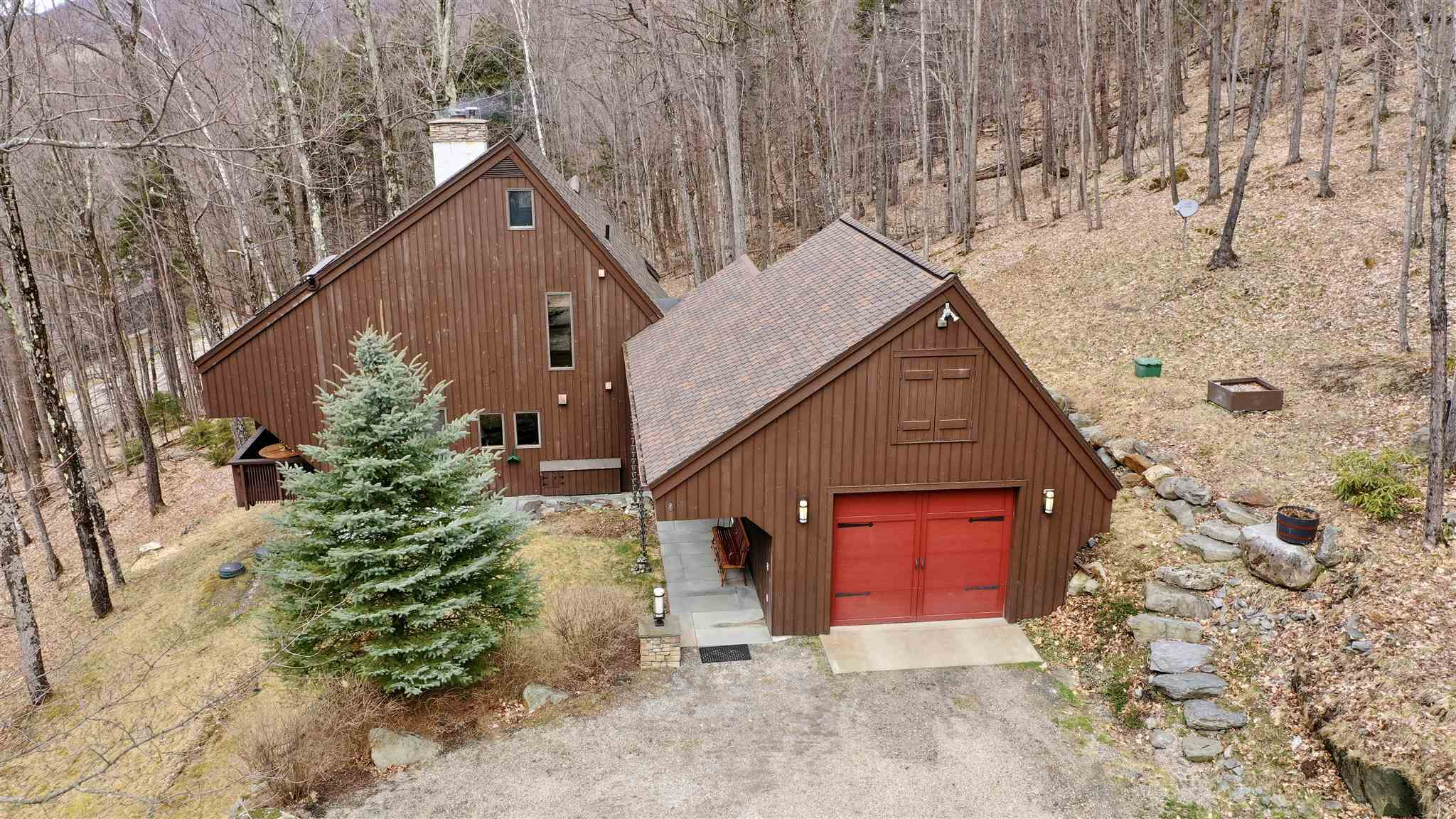 391 Falcon Loop East Rochester VT 05767