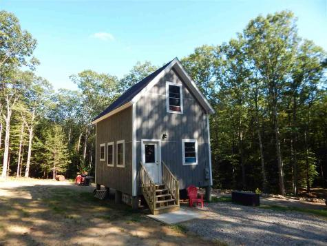 18 Lady Slipper Lane Dublin NH 03444