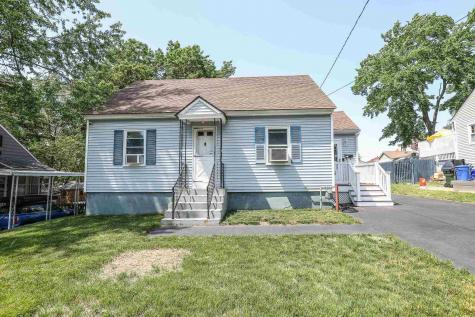 212 Holly Avenue Manchester NH 03103