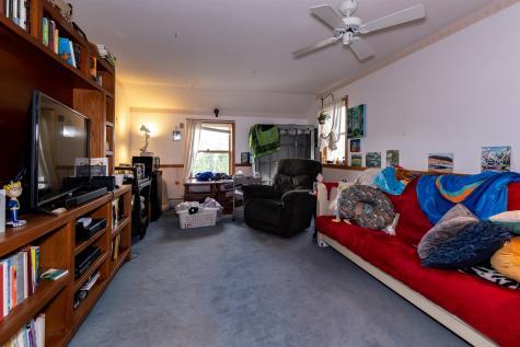 461-463 Kearsarge Avenue Hopkinton NH 03229