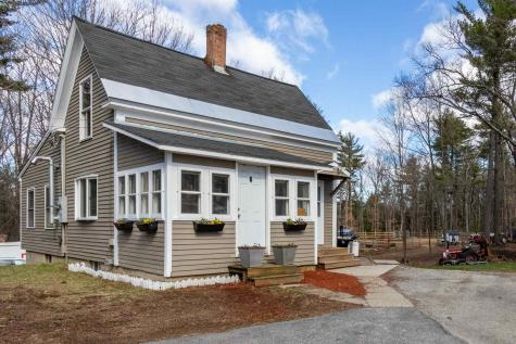 9 Heath Street Newton NH 03858