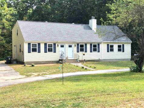 38 Mo Sett Avenue Goffstown NH 03045