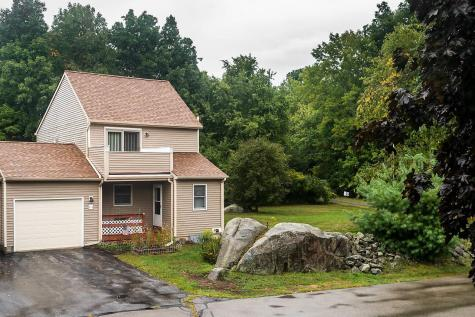 4 Wade Farm Road Newmarket NH 03857