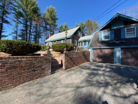 17 Louise Drive Litchfield NH 03052