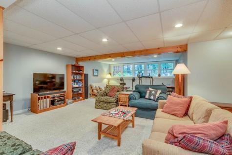 27 Oakmont Drive Concord NH 03301