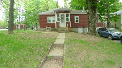 84 St. Laurent Street Epping NH 03042