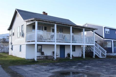 349 Woodstock Street Seabrook NH 03874