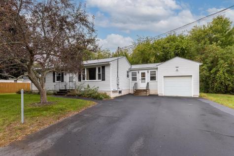 103 Maple Street Somersworth NH 03878