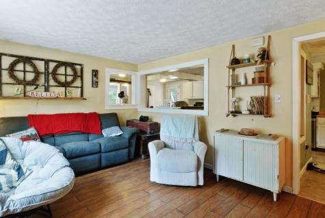31 Lincoln Lane Barnstead NH 03225