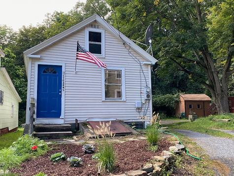 11 Stearns Court Hinsdale NH 03451
