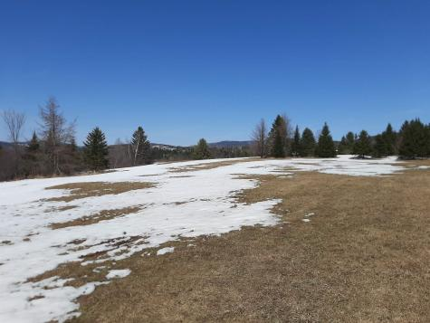 Golf Links Road Colebrook NH 03576