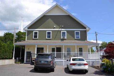 76 North Main Street Wolfeboro NH 03894
