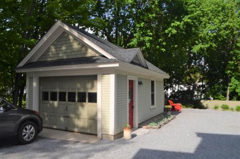 86 Maple Street Henniker NH 03242