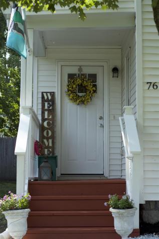 76 Collins Street Seabrook NH 03874