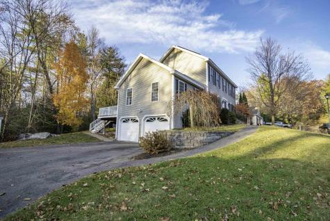 155 Streamside Drive Manchester NH 03102