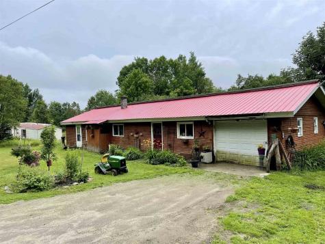 499 Red Schoolhouse Road Wheelock VT 05851